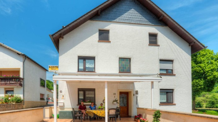 Gästehaus Neises Hauptstraße 20, 54310 Irrel-Minden